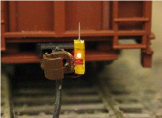 Shown to the right is our HO scale FRED installed on a Walthers® 73ft Centerbeam Lumber car. The FREDS are available with yellow silver orange ... & HO Lighting Products